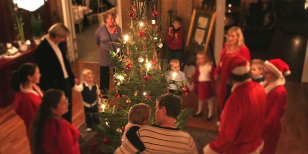 Christmas celebration ideas with family