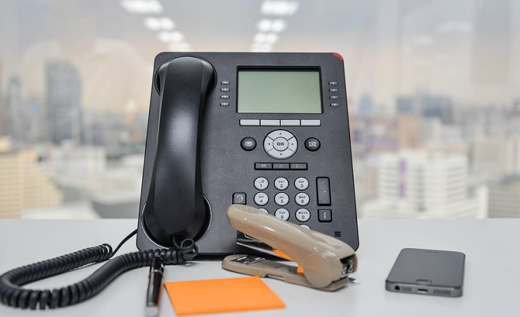 IP Telephone And Voip For Your Business: Call An Expert