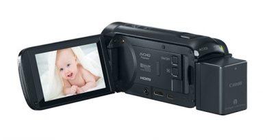 Canon Vixia HF R700 Camcorder 1