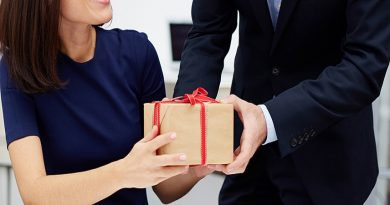 A Guide To Corporate Gifting For Employers