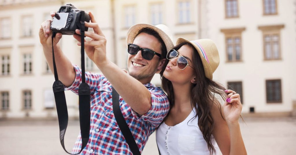 Handy Cameras Best for Travelers