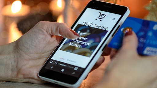 Shopping Online? Consider These 8 Things