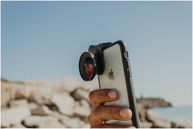 8 Best iPhone Lenses For Beginners