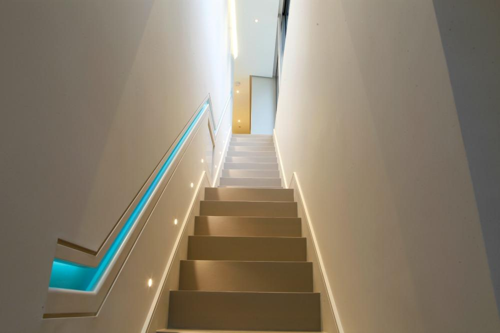 A Guide To The Proper Lighting Of Your Indoor Stairway
