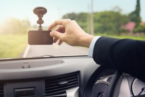 5 Reasons To Buy Dash Cameras For Fleet Vehicles