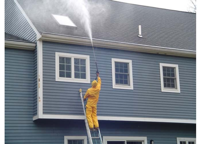 Top 6 Effective Tips for Hiring House Washing Services