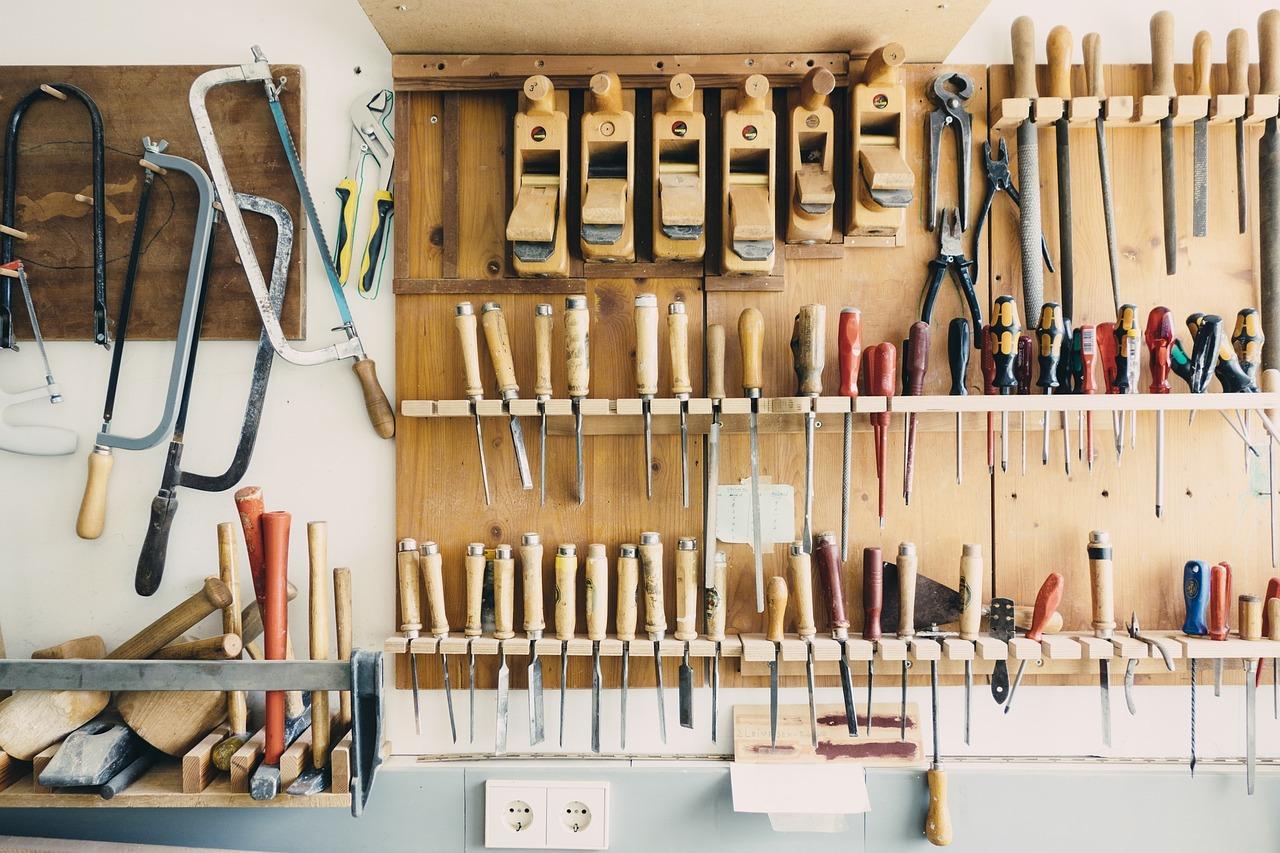 Find the Best Door Repair Service Here