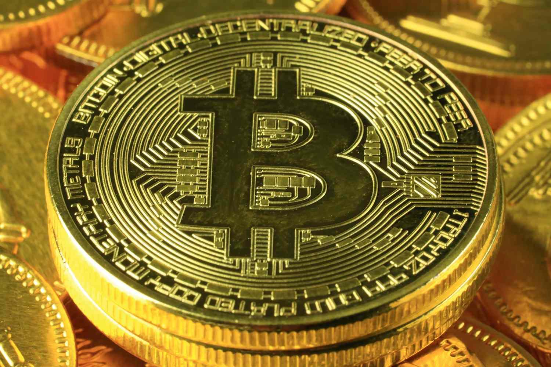 Governments Around The World Afraid Of Bitcoins