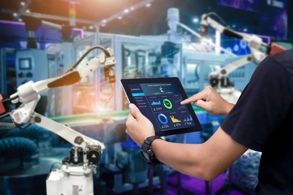 Artificial Intelligence is disrupting Modern Industries