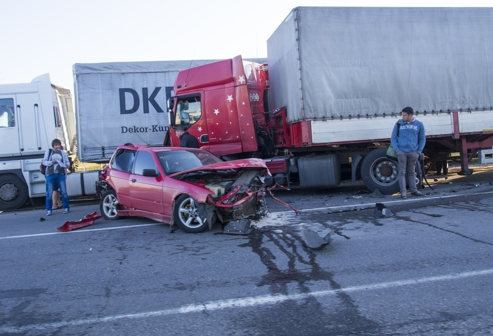 Safety Precautions to Avoid Truck Accidents