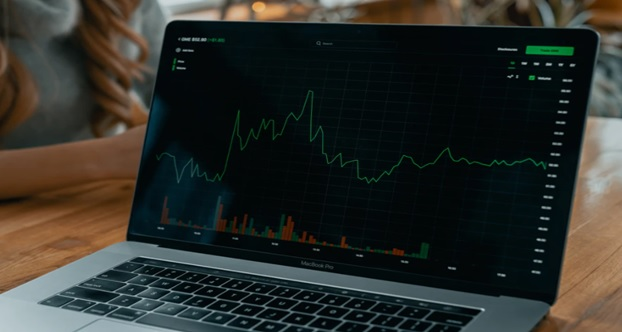 Trading World with Big Money Rush