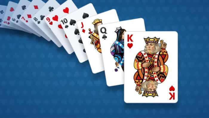 Play Card Games On The Smartphones.