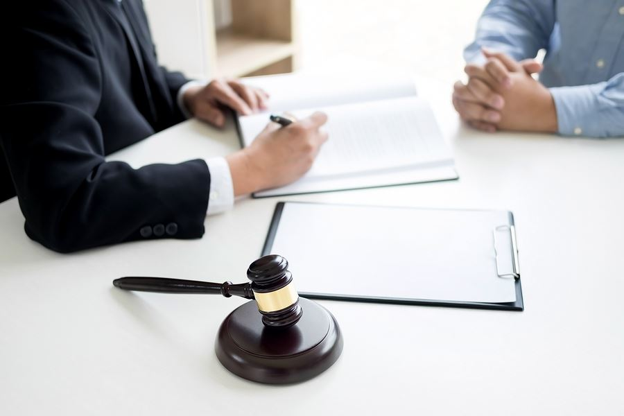 How Can a Criminal Defense Lawyer Help Your Case